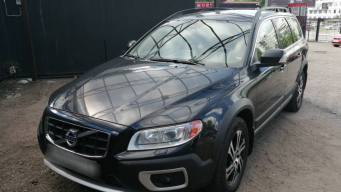 Volvo XC70 II 2.4d AT (163 л.с.) 4WD [2012]