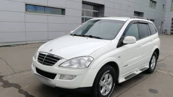 SsangYong Kyron I Рестайлинг 6-speed 2.0d AT (141 л.с.) 4WD [2011]