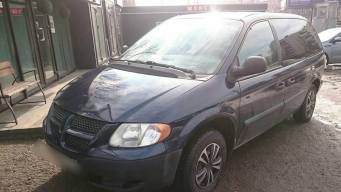 Dodge Caravan IV 2.4 AT (152 л.с.) [2004]